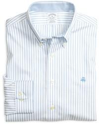 Chemise à manches longues à rayures verticales bleu clair