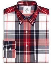Chemise à manches longues écossaise blanche et rouge et bleue marine