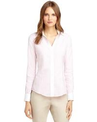 Chemise de ville à rayures verticales rose
