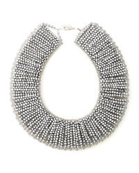 Collier orné de perles argenté