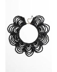 Collier orné de perles noir