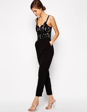 ramassé nouvelle saison sélectionner pour l'original €131, Combinaison pantalon en dentelle noire Warehouse
