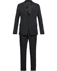 Costume noir Prada