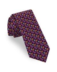 Cravate à fleurs pourpre