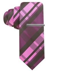Cravate écossaise pourpre foncé