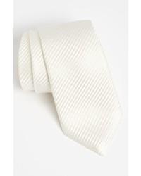 Cravate en soie blanche