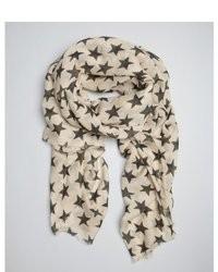 Écharpe à étoiles blanche