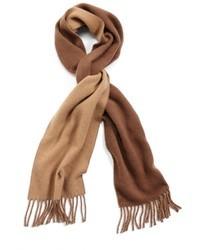 Écharpe brun