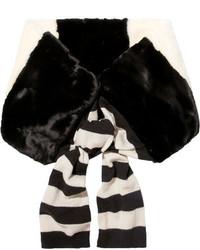 Écharpe en fourrure à rayures horizontales noire Marc Jacobs