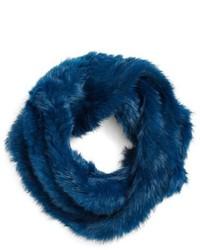 Écharpe en fourrure bleue