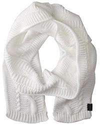 Écharpe en tricot blanche