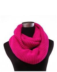 Écharpe en tricot fuchsia