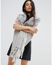 Écharpe en tricot grise