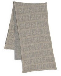 Écharpe en tricot marron clair
