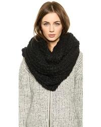 Écharpe en tricot noire Paula Bianco
