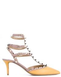 Escarpins en cuir à clous jaunes Valentino