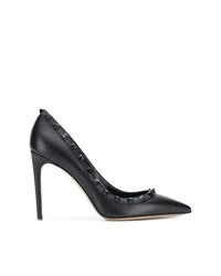 Escarpins en cuir à clous noirs Valentino