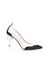 Escarpins en cuir blancs et noirs Thom Browne