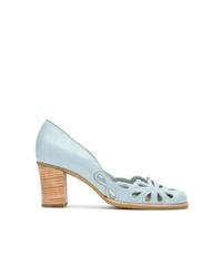 Escarpins en cuir découpés bleu clair Sarah Chofakian