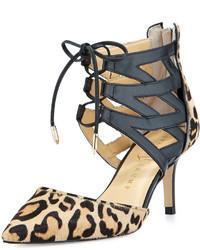 Escarpins en cuir imprimés léopard marron clair