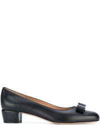 Escarpins en cuir noirs Salvatore Ferragamo