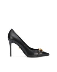 Escarpins en cuir noirs Versace