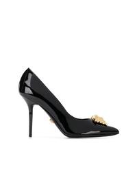 Escarpins en cuir ornés noirs Versace