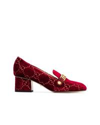 Escarpins en daim ornés bordeaux Gucci