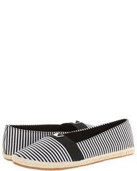 Espadrilles en toile à rayures horizontales noires et blanches