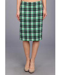 acheter en ligne 2b45a 748b6 Comment porter une jupe écossaise vert foncé (2 tenues ...