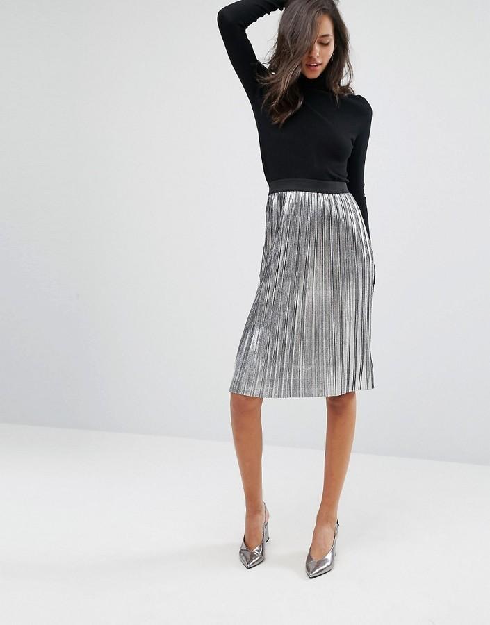 6cb80c5d6cb00f €39, Jupe mi-longue plissée argentée Miss Selfridge