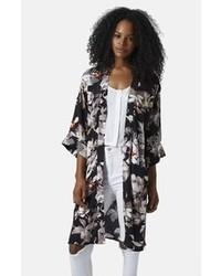 Kimono noir et blanc