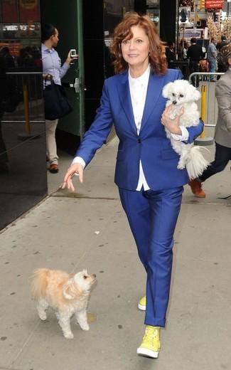 Blazer bleu chemise de ville blanche pantalon de costume bleu baskets montantes jaunes large 13342