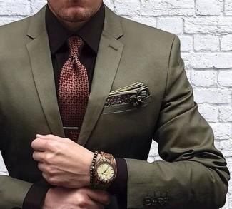 Comment porter: blazer olive, chemise de ville marron foncé, cravate à chevrons bordeaux, pochette de costume en coton à fleurs olive