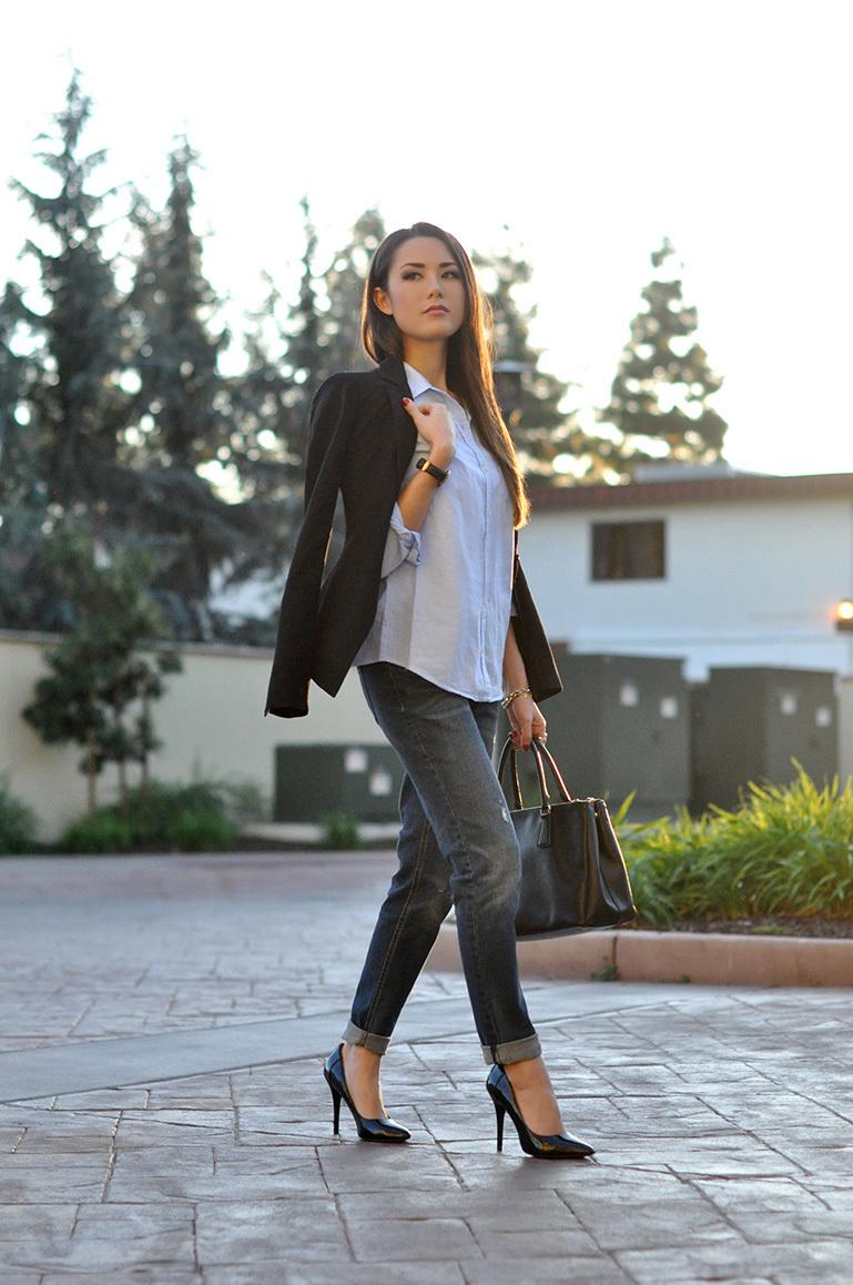 ca59c4e85a5c Comment porter un jean boyfriend noir avec un blazer noir (2 tenues ...