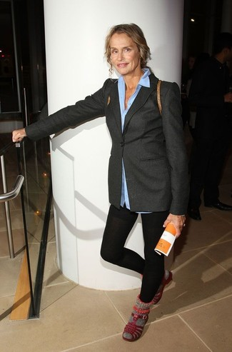 Essaie d'associer un blazer en laine gris foncé femmes Dolce & Gabbana avec des leggings noirs pour un look idéal le week-end. D'une humeur créatrice? Assortis ta tenue avec une paire de des sandales plates en cuir bordeaux.