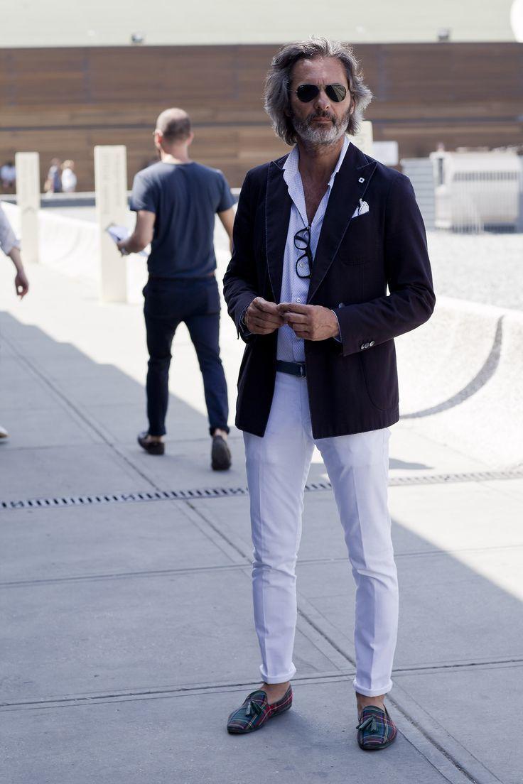 Tenue avec pantalon blanc fashion designs - Comment porter plainte contre une mairie ...