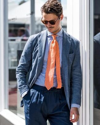 Comment porter: blazer bleu, chemise de ville à rayures verticales blanc et bleu, pantalon de costume en lin bleu marine, cravate à carreaux orange