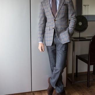 Comment porter des chaussettes noires: Choisis un blazer en vichy multicolore et des chaussettes noires pour un look idéal le week-end. Jouez la carte classique pour les chaussures et fais d'une paire de chaussures richelieu en daim marron ton choix de souliers.