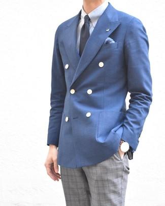 Comment porter: blazer croisé bleu, chemise de ville bleu clair, pantalon de costume écossais gris, cravate bleu marine