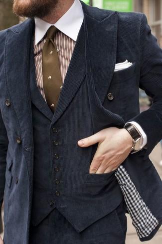 Comment porter: blazer croisé en velours côtelé noir, gilet en velours noir, chemise de ville à rayures verticales blanc et marron, pantalon de costume en velours côtelé noir