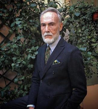 Comment porter: blazer croisé noir, chemise de ville bleu clair, cravate imprimée olive, pochette de costume écossaise multicolore