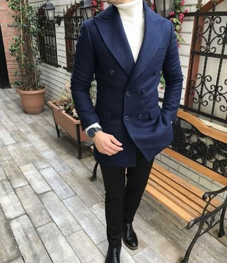 Comment porter: blazer croisé en laine bleu marine, pull à col roulé blanc, jean skinny noir, bottines chelsea en cuir noires