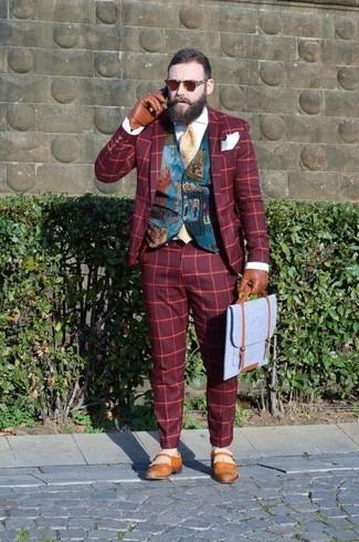 Comment porter: blazer écossais rouge, gilet imprimé bleu canard, chemise de ville blanche, pantalon de costume écossais rouge