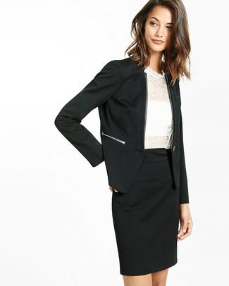 Comment porter: blazer noir, top sans manches en dentelle blanc, jupe crayon noire