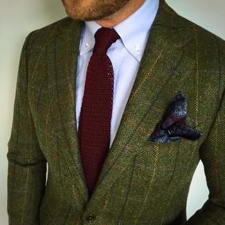 Comment porter: blazer en tweed olive, chemise de ville bleu clair, cravate en tricot bordeaux, pochette de costume imprimée cachemire bleu marine