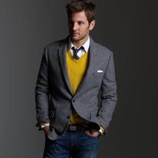 98d8d044104f6 Comment porter: blazer gris, pull à col en v moutarde, chemise de ville