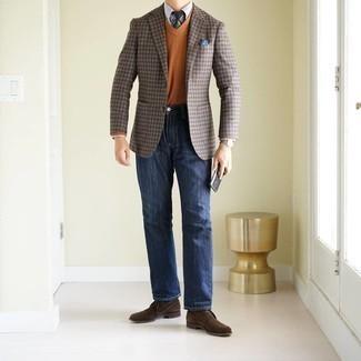 Comment porter un blazer en vichy marron: Pense à associer un blazer en vichy marron avec un jean bleu marine pour obtenir un look relax mais stylé. Une paire de bottines chukka en daim marron foncé est une option judicieux pour complèter cette tenue.