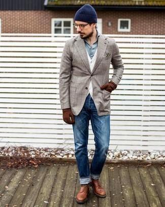 Des bottes de loisirs à porter avec un jean bleu: Pour créer une tenue idéale pour un déjeuner entre amis le week-end, marie un blazer écossais beige avec un jean bleu. Une paire de des bottes de loisirs est une façon simple d'améliorer ton look.