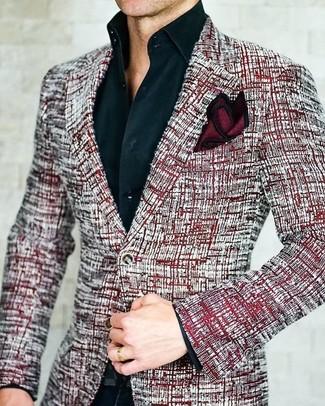 Comment porter: blazer en tweed rouge, chemise de ville noire, pantalon de costume noir, pochette de costume en soie bordeaux
